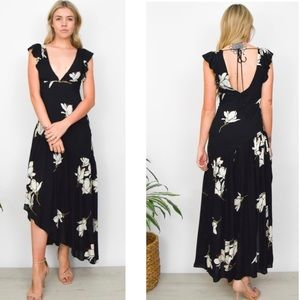 Free People Dresses - Free People She's A Waterfall Floral Maxi Dress